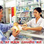 dược sĩ bán thuốc kê đơn